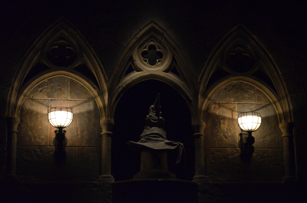 Sorting Hat - Hogwarts Castle