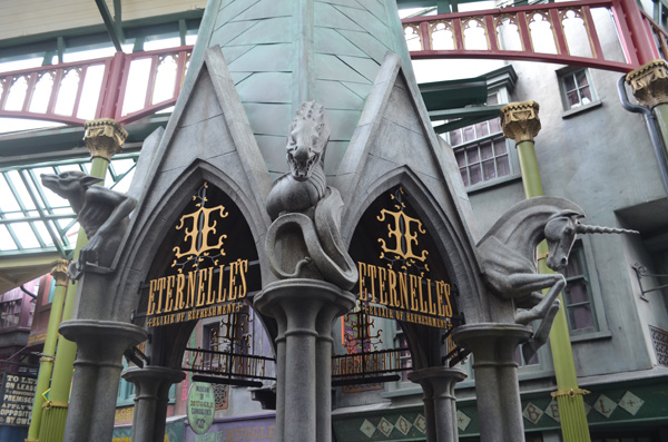 Wizarding World of Harry Potter - Diagon Alley Eternelle's