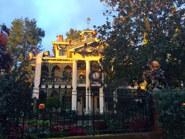 Haunted Mansion Avengers 5k Dawn