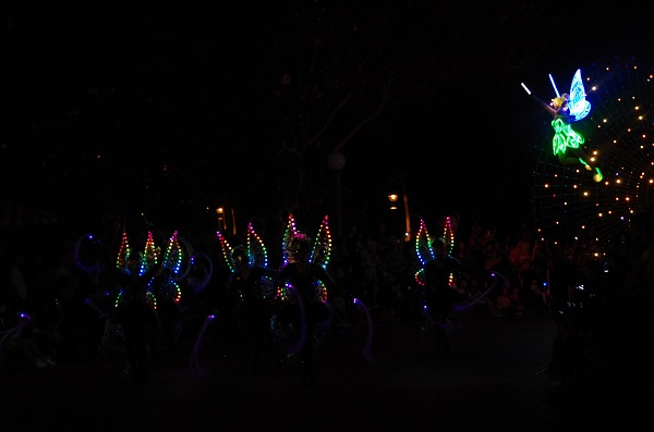 Tinker Bell and Fiber Fairies in HKDL Paint the Night Parade