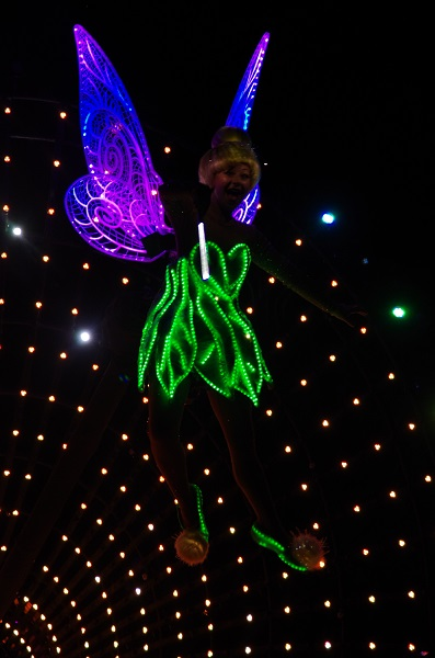 Tinker Bell in HKDL Paint the Night Parade