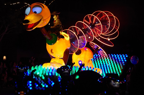Toy Story Float in HKDL Paint the Night Parade