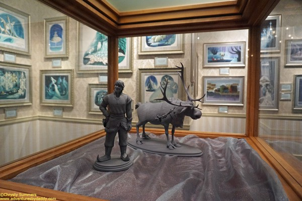 Kristoff & Sven maquettes. It's nice to see the fellas from Frozen getting a little love.