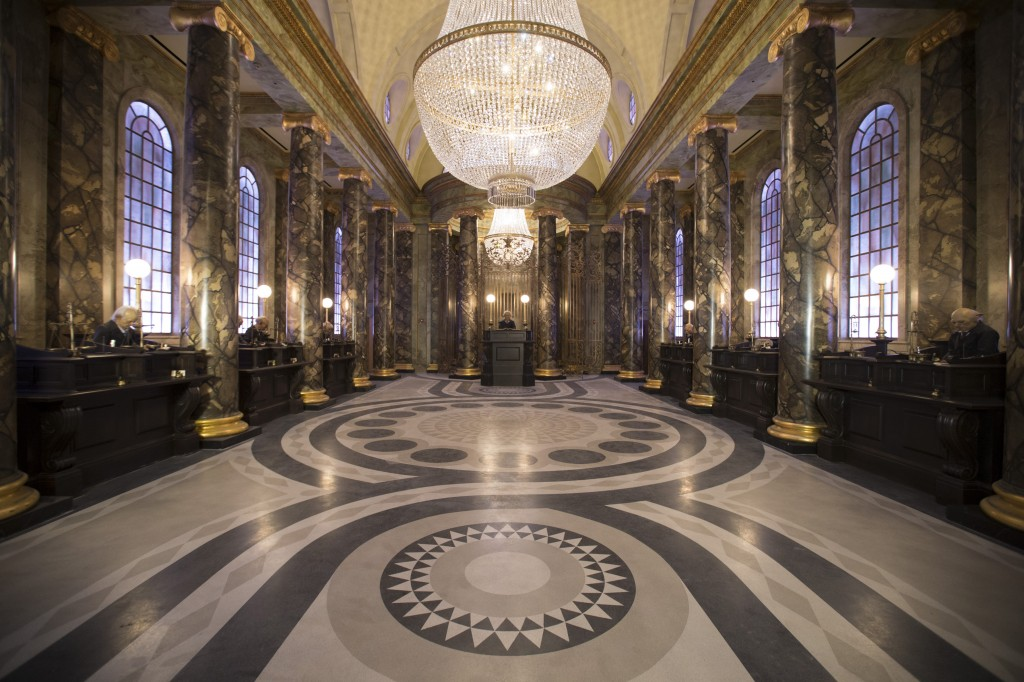 HP-and-the-Escape-from-Gringotts-1024x682