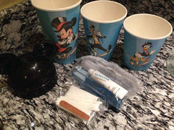 HKDL Hollywood Hotel Bathroom Amenities