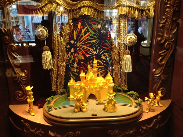 HKDL Jewelry Shop Window