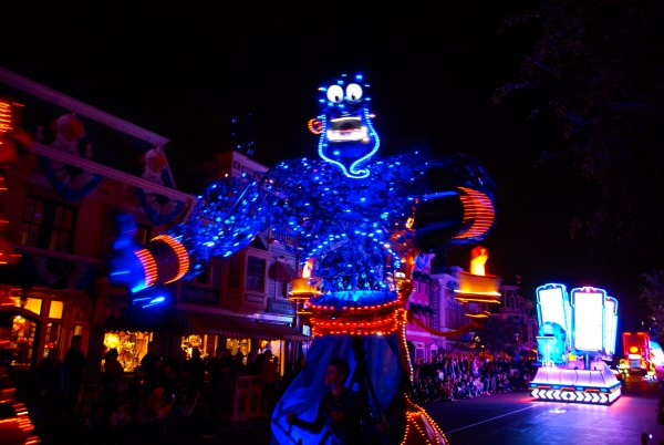 I always wondered what happened to the giant illuminated puppets from the early days of World of Color. They've found new life in Paint the Night! (photo by Sarah Woloski)