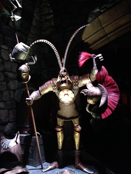 Mystic Manor's HeadHunter HKDL