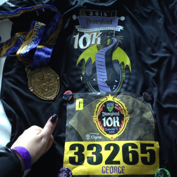 DLHW 10k Race Shirt, Bib, and Medal